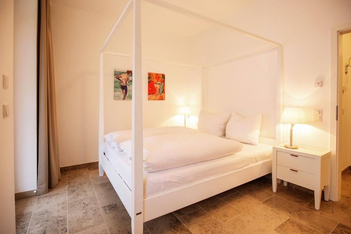 Ruegen-Binz-Ferienwohnungen-SB005-04-Schlafzimmer-2_exklusiv